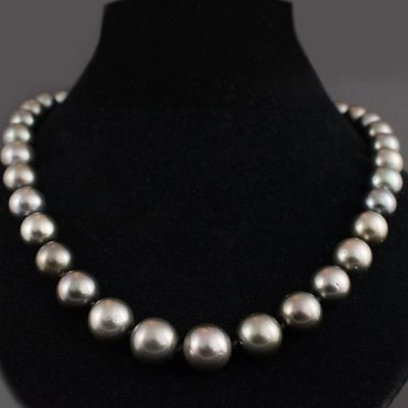 Tahitian Black Pearl Necklace (15.5mm)