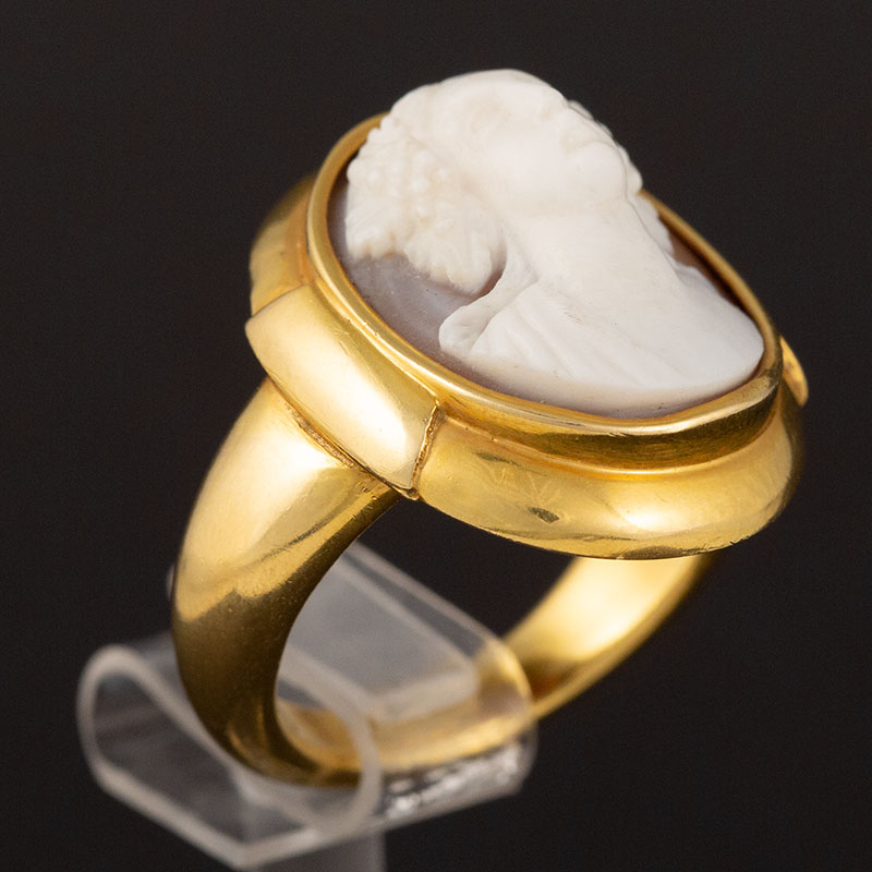 Victorian Cameo Ring