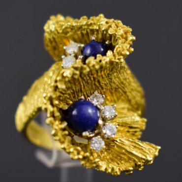 1960's Lapis & Diamond Gold Ring