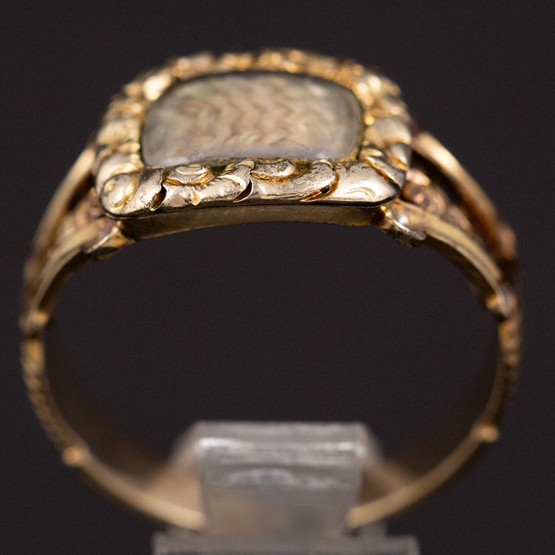 Gold Georgian Memorial Ring